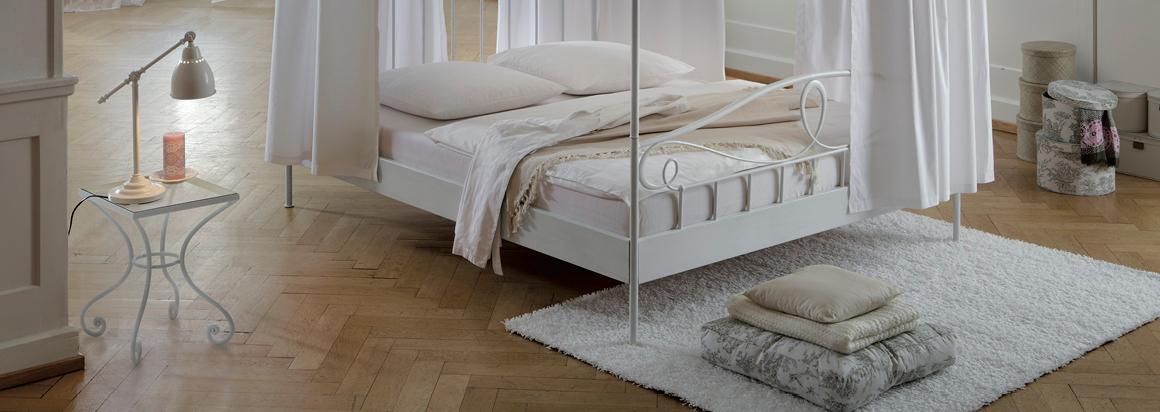 tagesdecke mutoni m bel. Black Bedroom Furniture Sets. Home Design Ideas
